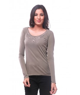 women solid lace top