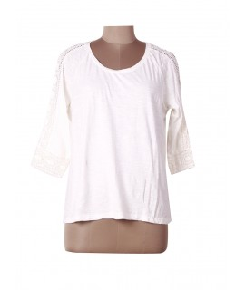 women beige lace top