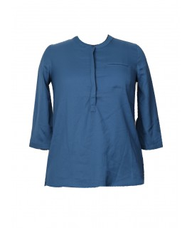 women blue solid top
